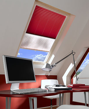 fen tre de toit magasin en ligne velux roto benz24. Black Bedroom Furniture Sets. Home Design Ideas